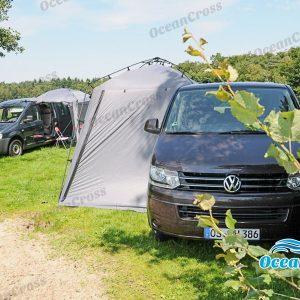 Bustent aan zijkant van VW Transporter