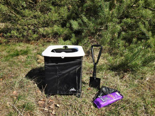Compact camping toilet compleet met schep en zakken